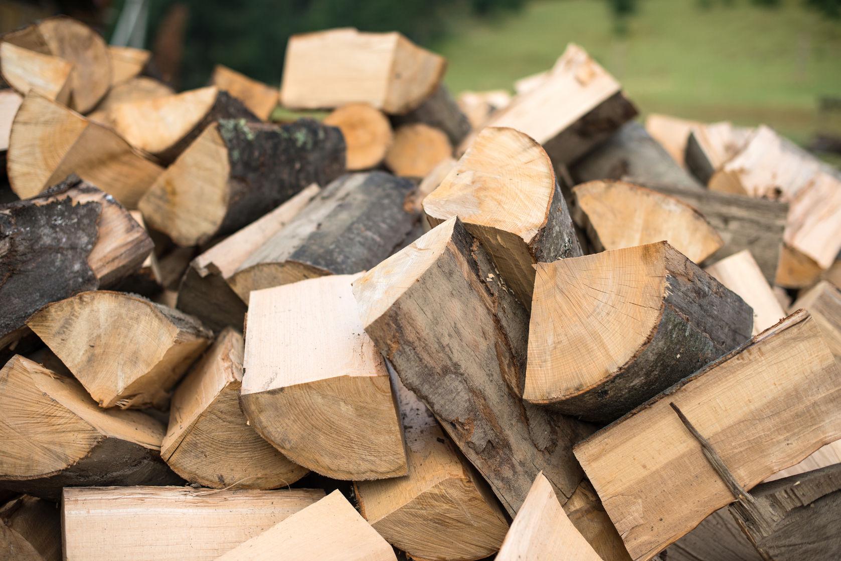 45276813 – firewood
